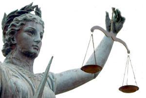 De nye reglene om uavhengig kontroll sier lite om hvor ansvaret skal plasseres dersom forsømmelser fra kontrollørens side medfører økte kostnader eller forsinkelser.